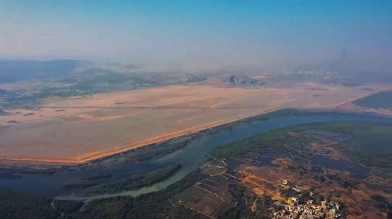Will Navi Mumbai International Airport delay further owing to the naming conflict?