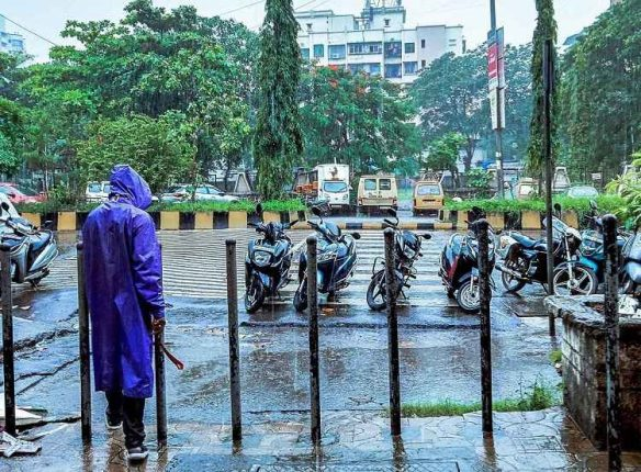 Navi Mumbai drenched: Lashed by heavy rains